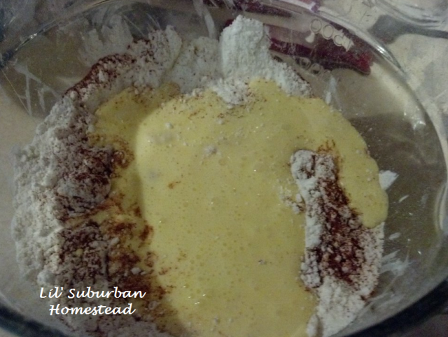 cinnamon flour mixture